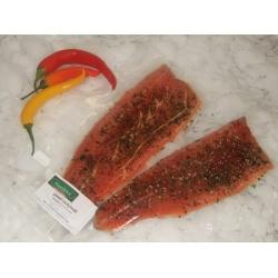 Graved – Lachsforellenfilet, mit Chili